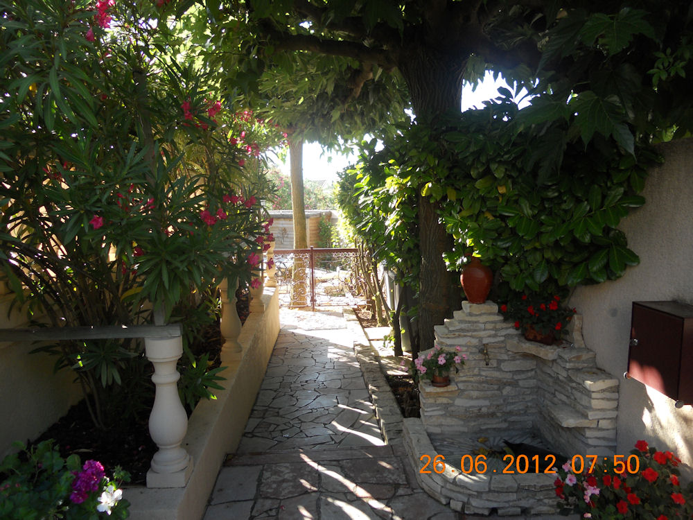 Coquet F1 Appartement Maraussan Languedoc Roussillon
