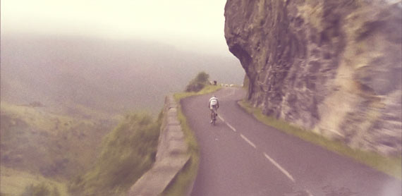 Cycleboredom | Jeremy Roy Begins Descent
