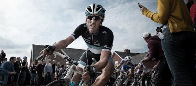 Cycleboredom | Jered Gruber, The Giro, & The Shot - Fabian Cancellara Attacking - 2011 Ronde