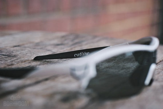 First Look: Catlike D'Lux Glasses - Temple