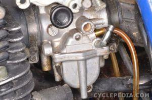 Carburetor Installation   CYCLEPEDIA Yamaha TW200 Online Manual