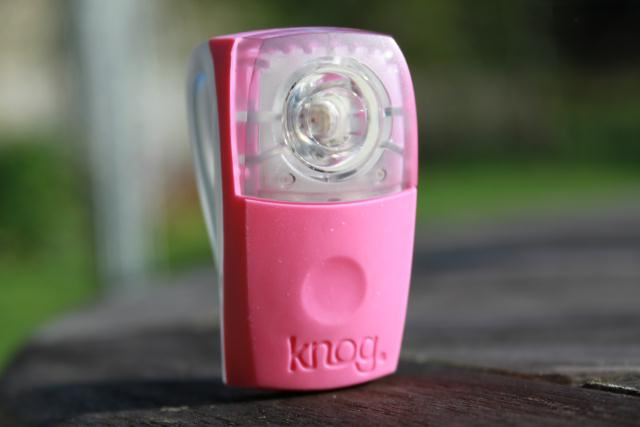 Review of Knog Boomer Wearable light - Photo picture of the Knog Boomer Wearable Rear bike light