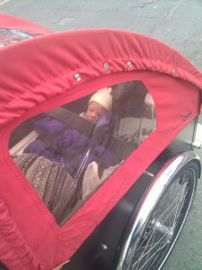 Review of cycling with a young baby in cargo bike at 5 weeks old