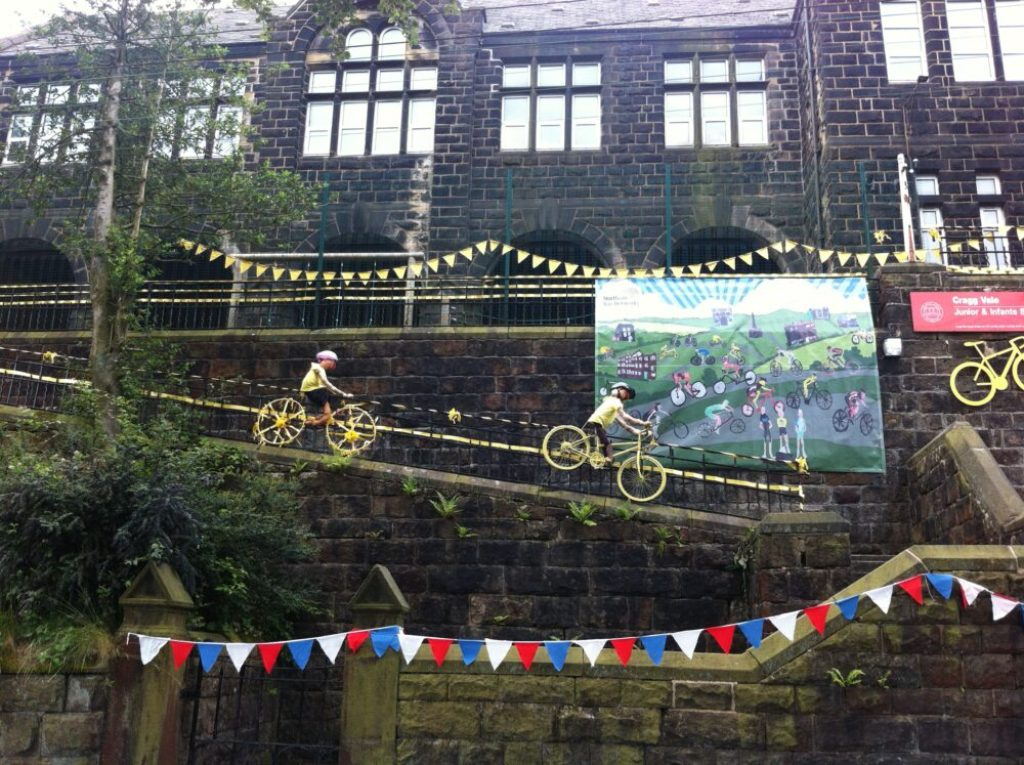 Tour de France Facts for Kids - even schools are decorated for the race