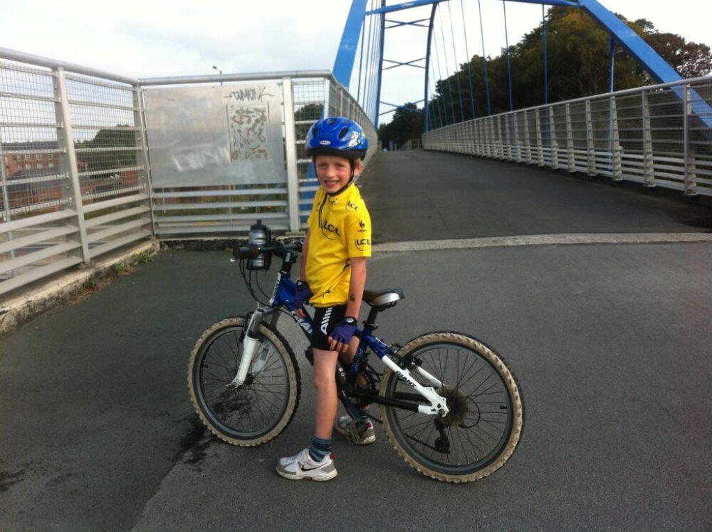 Kids Tour de France yellow jersey review