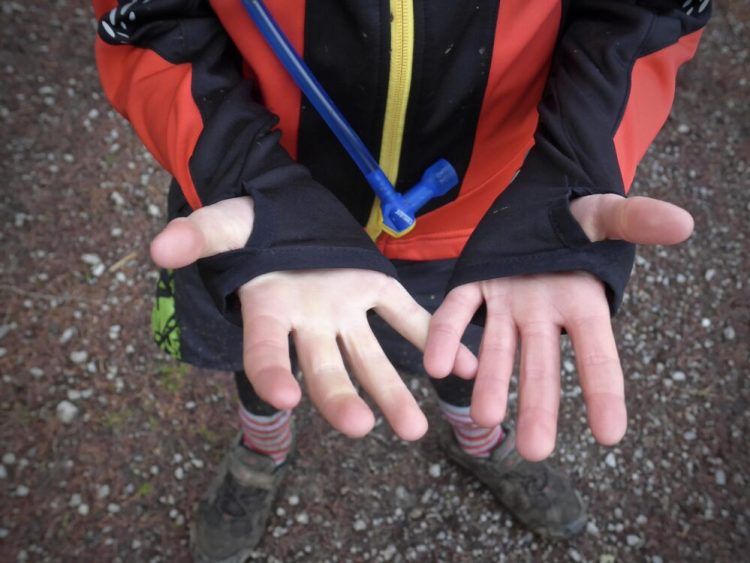 Polaris Fang Kids Winter Cycling Jersey - thumb holes