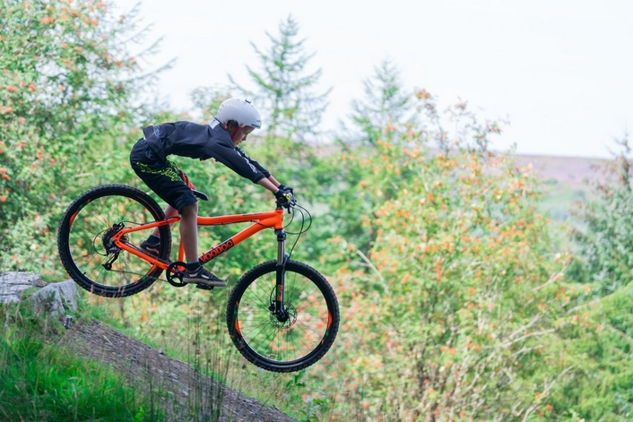 good quality but cheap kids mtb - Voodoo Nzumbi in orange
