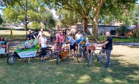 Hackney family cycling library