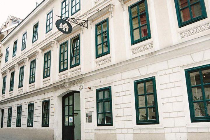 Hostel International, Myrthengasse, Vienna