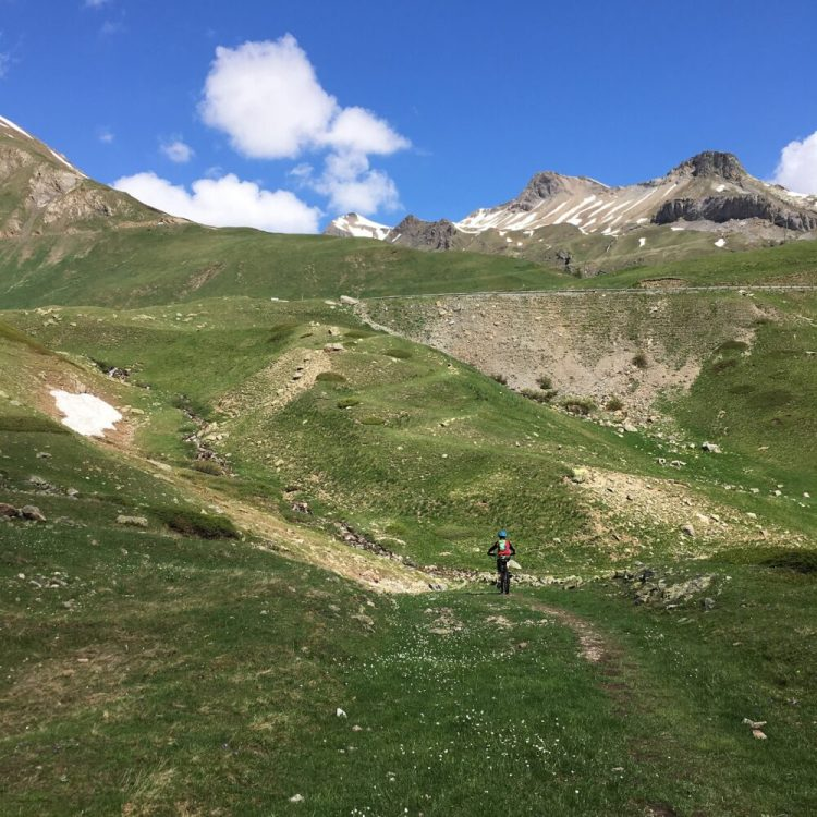 The start of the ride Col du Lautaret to Briançon