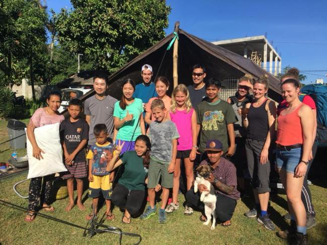 Group shot of Lombok Earthquake survivors