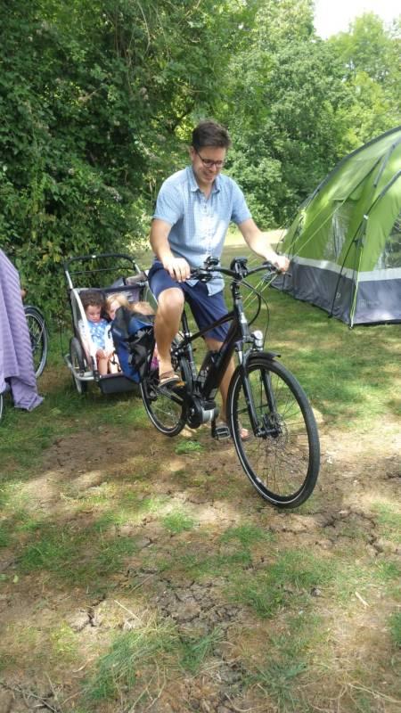 Bikepacking fun using a cargobike at the campsite