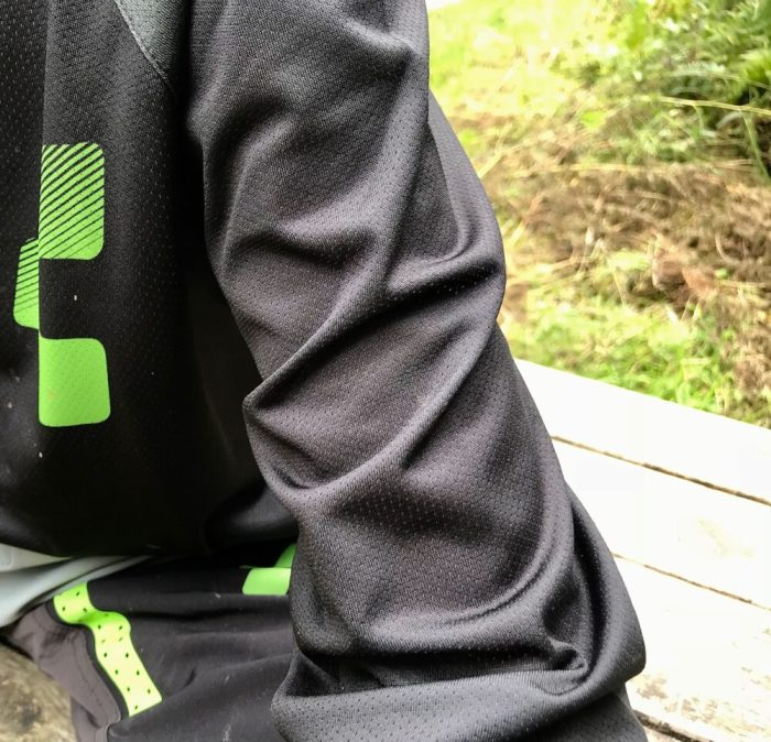 Cube Action Essentials Round Neck MTB Jersey breathable material
