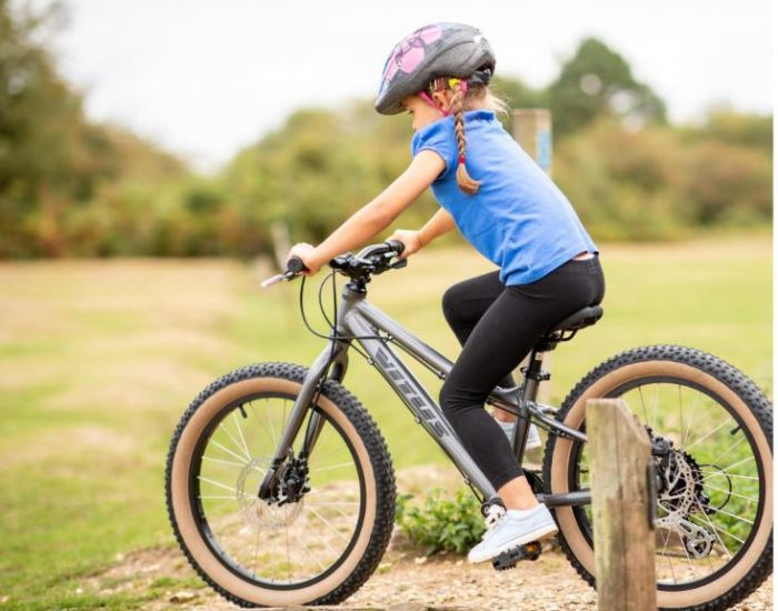 Vitus 20 + kids off road trail bike with fat tyres