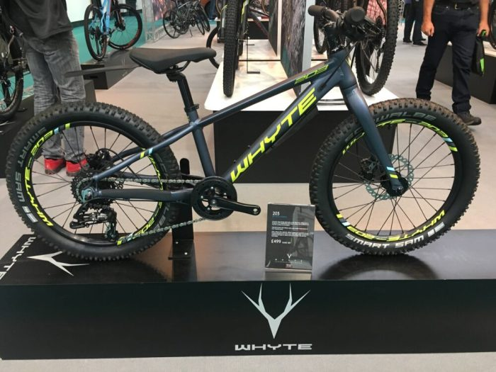 Whyte 203 kids 20 inch wheel mountain bike
