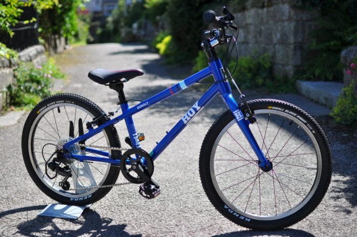 "Hoy Bonaly 20 review - a 20"" wheel kids bike for a 6 year old or 7 year old"