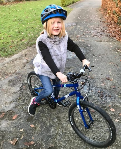 "Hoy Bonaly 20 review - a 20"" wheel childs bike for a 6 year old or 7 year old using gears for the first time"