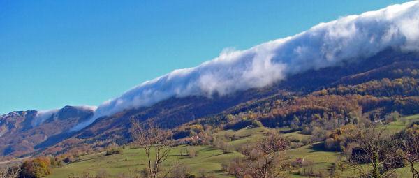 Jura Cloud Wall