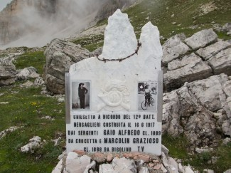 WW1 Grave above the Rifugio Photo of deceased on a bike
