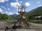Strange Statue!