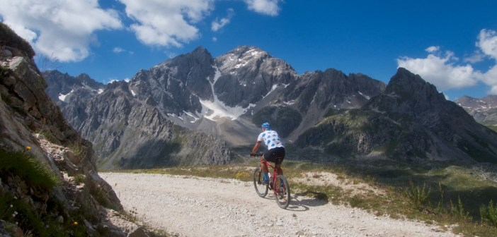 Col Hunting Behind Le Grand Galibier