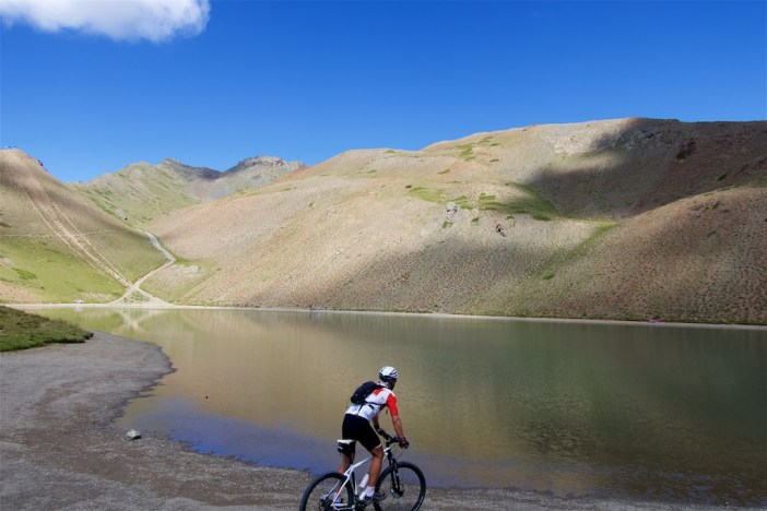 2329 metres.  French name = Lac Gignoux.  Next the road at far side