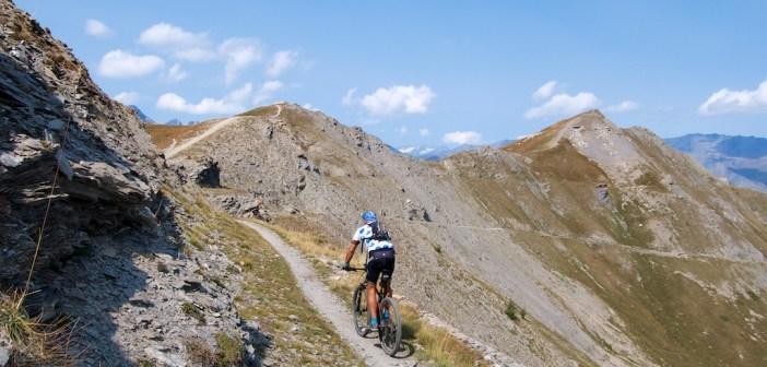 Passo della Mulattiera and Col des Acles.