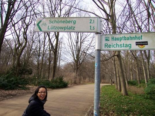 Tiergarten Bike Path Signs