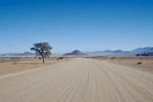 Road to Sesriem