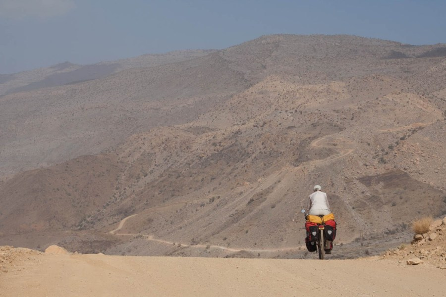 descending the Jebel Shams