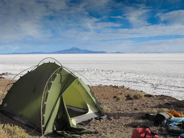 Camping at isla Incahuasi