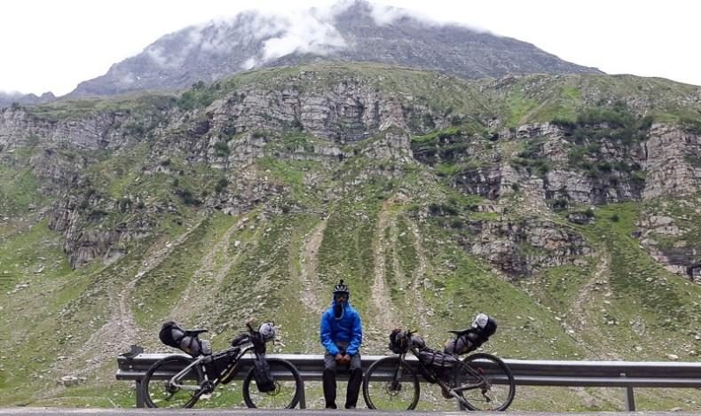 Cycling from Gramphoo to Keylong