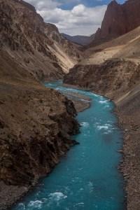 Trekking along the river to Phuktal Monastery