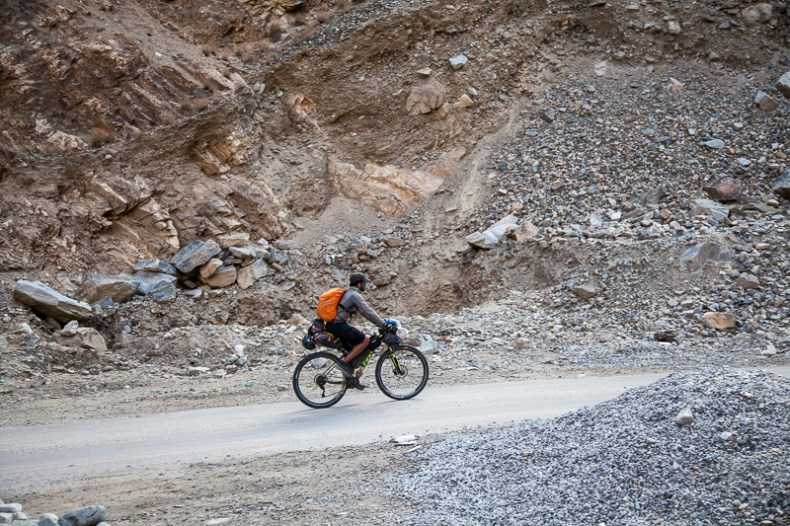 Cycling from Agam to Tangtse