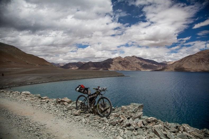 Cycling from Pangong Tso to Chushul