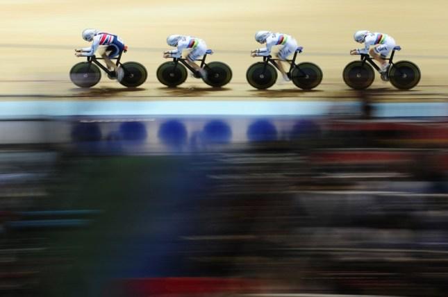 Great Britain compete in the Women's Team Pursuit Qualifying. Image - ©Alex Broadway / SWPIX.COM