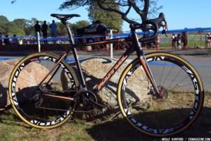 Helen Wyman's Kona Super Jake CX with disc brakes. © Cyclocross Magazine