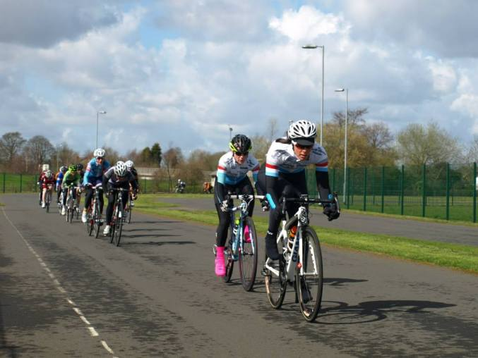 Racing at Tameside 2015