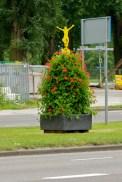 Zelfs de bloembakken in Rotterdam verwijzen naar de Tour! Naast de gele trui-versie zijn er ook versies met de groene, witte en bolletjestrui. (foto: © 2010 Laurens Alblas)