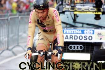 Cardoso van Footon-Servetto kwam lelijk ten van tijdens de proloog (foto: © Laurens Alblas/Cyclingstory.nl)