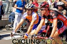 Freire sluit het peloton (foto: © Laurens Alblas/Cyclingstory.nl)