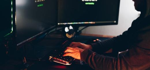 monitor na biurko