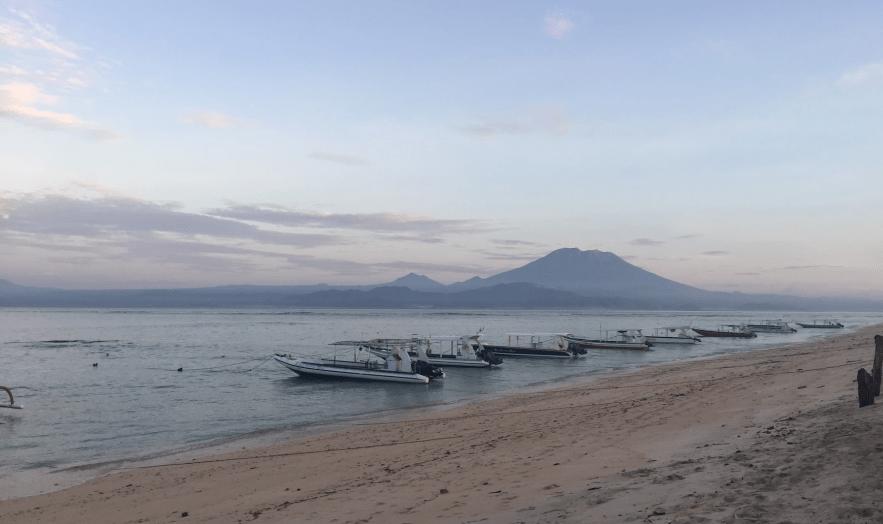 Nusa Lembongan Cyncity Cyntra Charlesworth