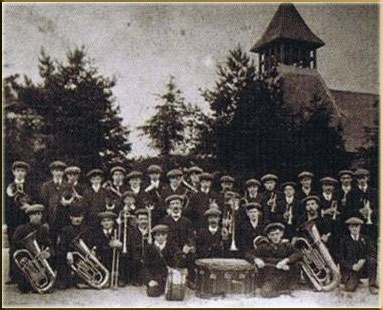 Llwydcoed Band