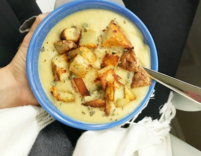 VEGAN Roasted Potato and Cauliflower Soup