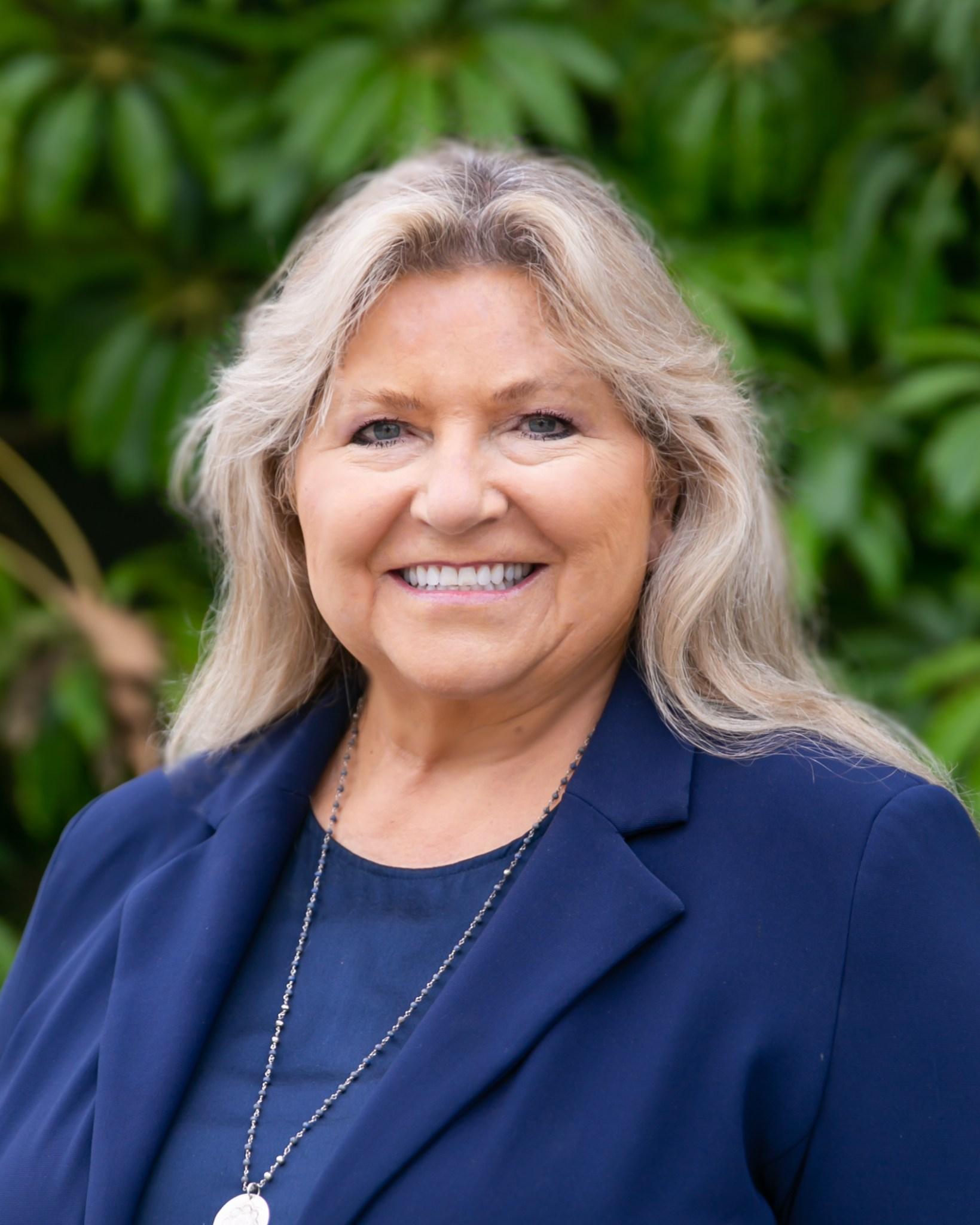 Dr. Kathleen Reiland