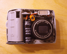 Looking inside an Olympus D-535.