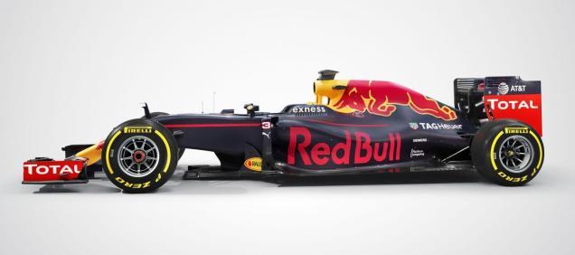 Red Bull RB12 bok