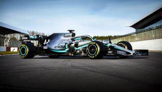2019-Mercedes-W10-dzień-filmowy-04