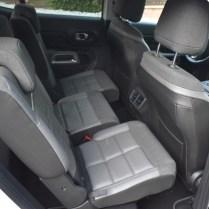 nastavení zadních sedadel